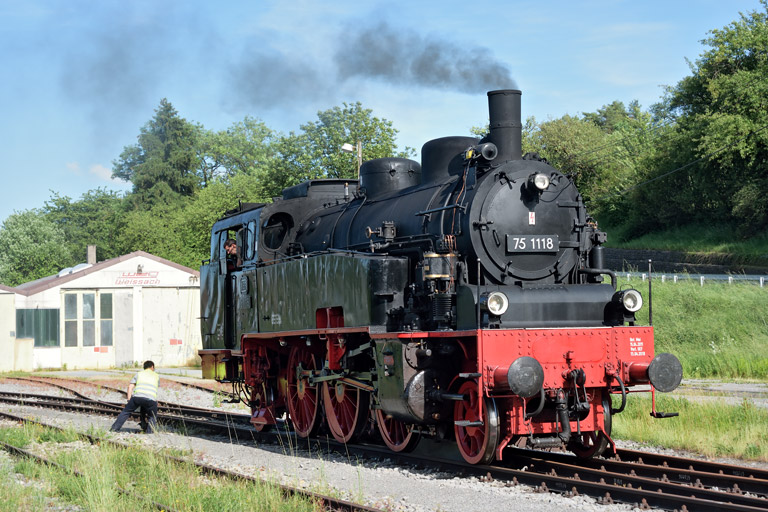 75 1118 in Weissach (Juni 2017)
