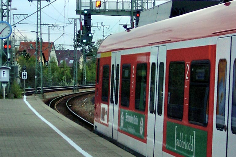 Baureihe 423 in Stuttgart-Rohr (April 2001)