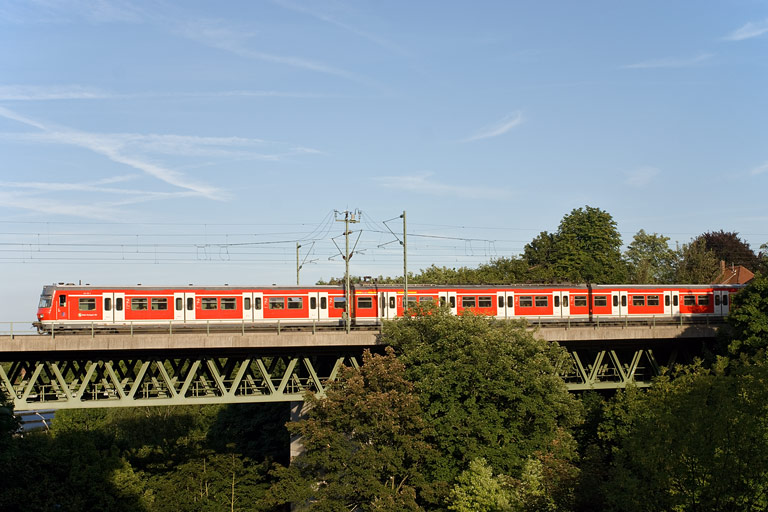 Baureihe 420 in Stuttgart-Vaihingen (August 2008)