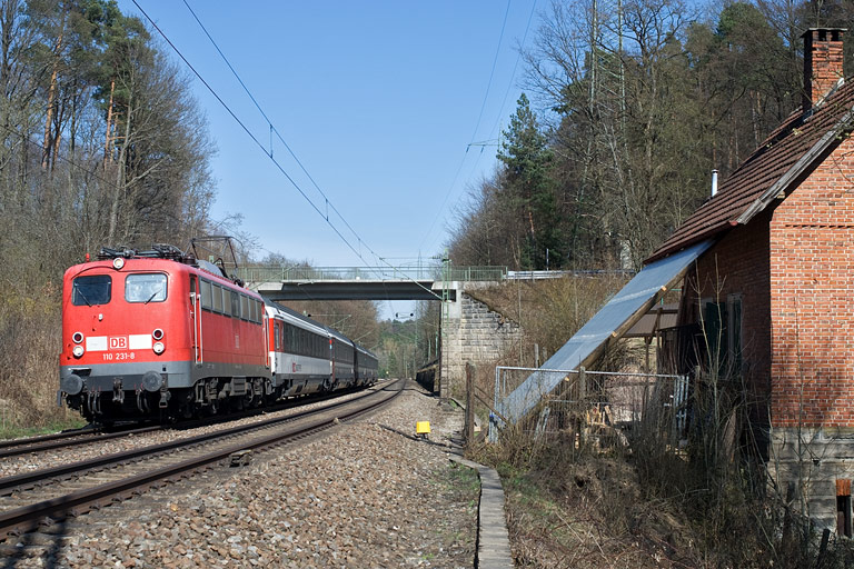 110 231 mit IC 281 bei km 19,2 (April 2010)