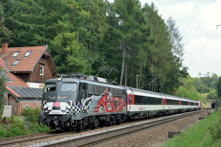 115 509 mit IC 2517 bei km 18,2 (September 2014)